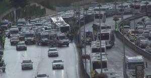 Acıbadem Metrobüs Kazası görüntüleri