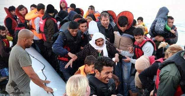 Avrupa'ya ulaşan sığınmacı sayısı 800 bin!