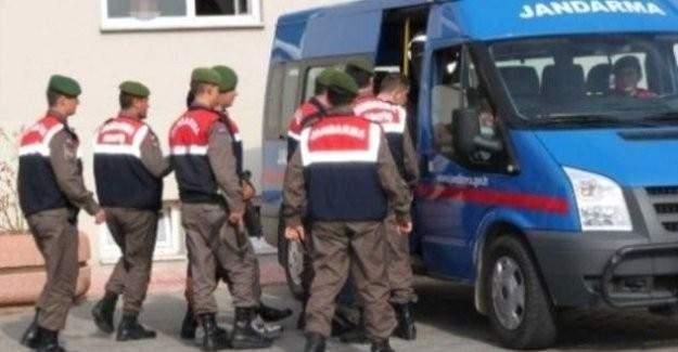 Jandarma Gaziantep'te DAEŞ'e giden 12 kişiyi yakaladı