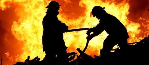 Kadıköy'de lisede yangın