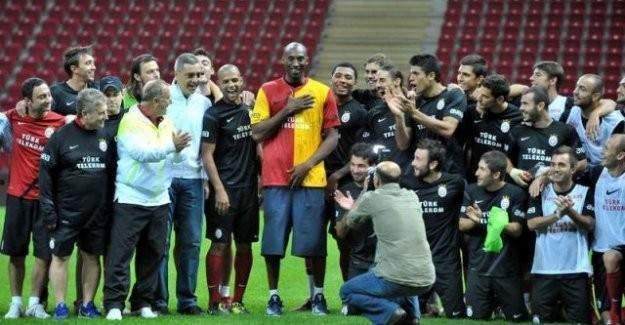 Kobe Bryant Galatasaray'a mı geliyor ?
