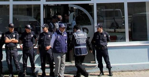 Manisa'daki paralel soruşturmasında 10 kişi daha yakalandı
