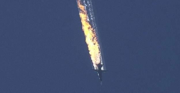 Türkmenleri vuran Rus savaş uçağı düşürüldü
