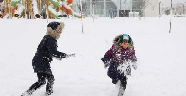 12 ilde okullara kar tatili!
