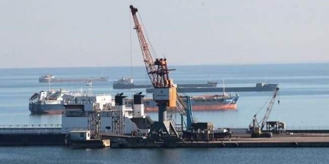 2 Rus gemisi seferden men edildi