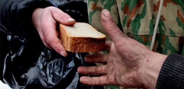 Asgari ücret 1300 TL olsa bile açlık sınırını geçemiyor