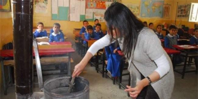 Doğuda görev yapan öğretmene 750 lira ek ödeme ve 2 kat ek ders ücreti