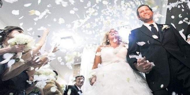 Evlenen çiftlere çeyiz yardımı yürürlüğe girdi