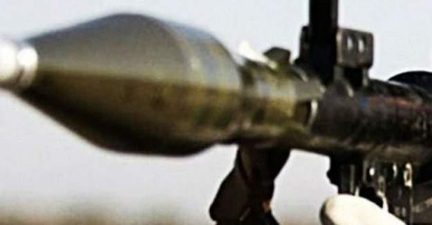 PKK'lılar askeri araca roketli saldırdı: 3 asker yaralı