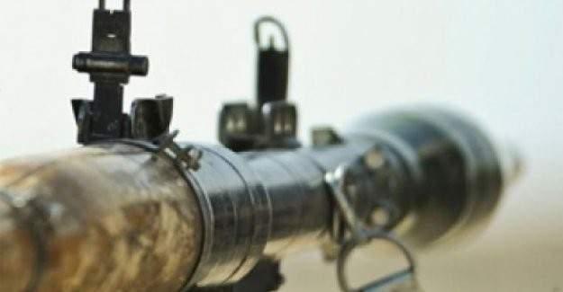 Şırnak İdil'de polis aracına saldırı