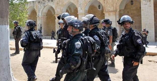 Yahudiler müslümanların izzetiyle oynuyor