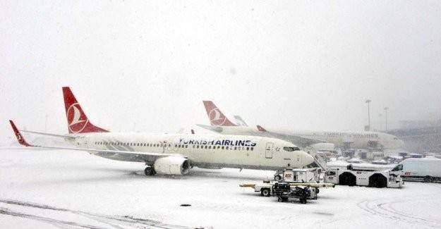 435 uçak seferi iptal edildi!