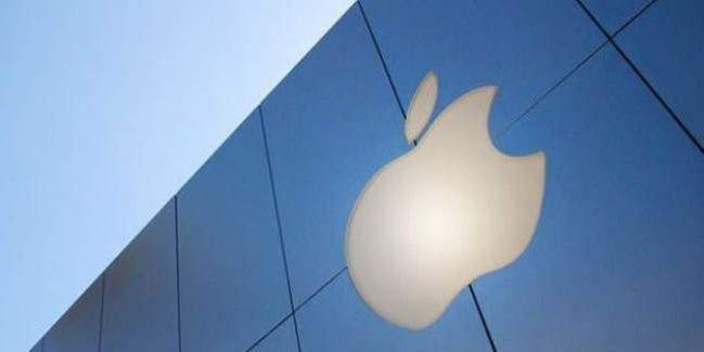 Apple yeni ve daha farklı sanal gerçeklik cihazı üzerinde çalışmalarına devam ediyor