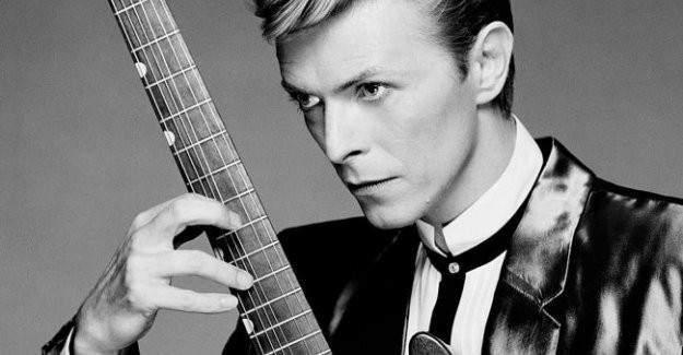 David Bowie öldü