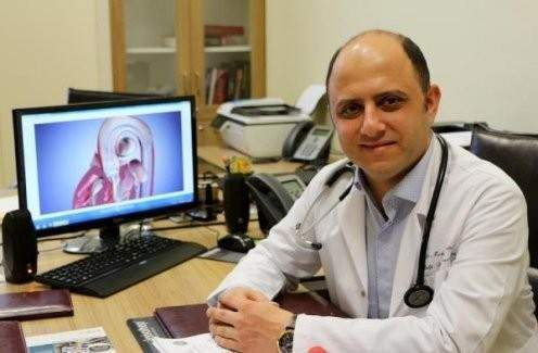 İki hastaya sığır kalbinin zarından kalp kapağı takıldı