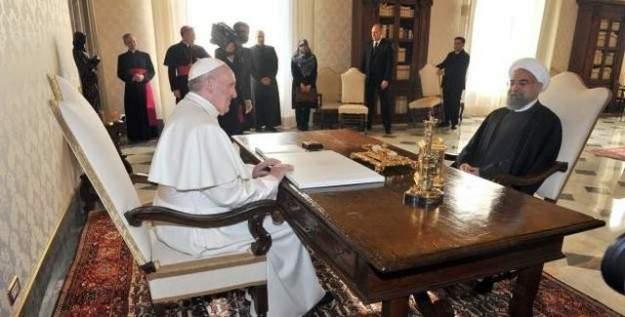 İran Cumhurbaşkanı Ruhani, Papa'dan dua istedi