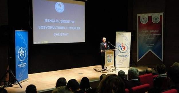 """Konya'da """"Gençlik, Şiddet ve Sosyokültürel Etkenler Çalıştayı"""""""