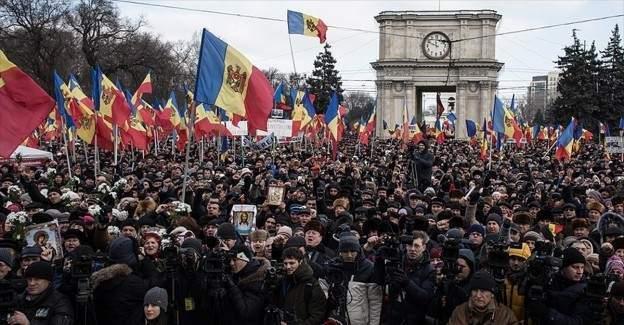 Moldova'da halk erken seçim istiyor