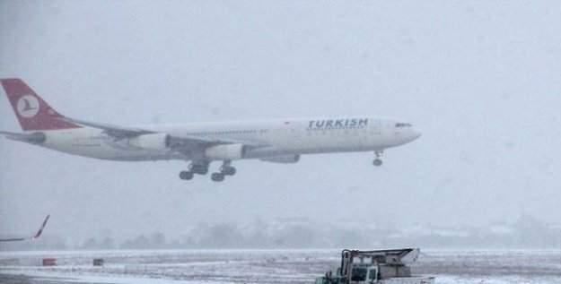 Uçakla seyahat edecekler dikkat! Birçok sefer iptal edildi