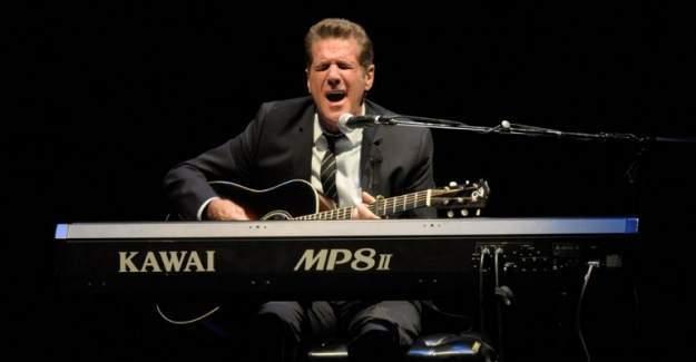 Ünlü müzik grubunun kurucusu Glenn Frey yaşamını yitirdi
