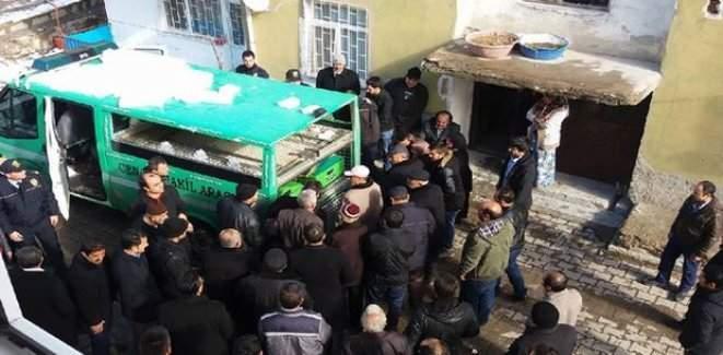 Yozgat'ta öğretmen Ahmet Coşkun evinde ölü bulundu
