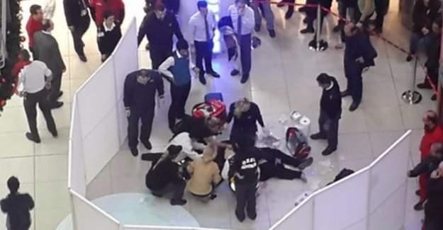 Ankara Kızılay AVM'nin üst katından atlayarak intihar eden Yunus Ö. toprağa verildi