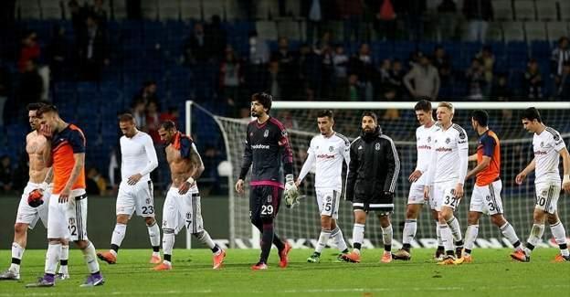 Beşiktaş bir puan kurtarabildi