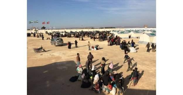 BM açıkladı: Türkiye sınırında 15 bin mülteci!