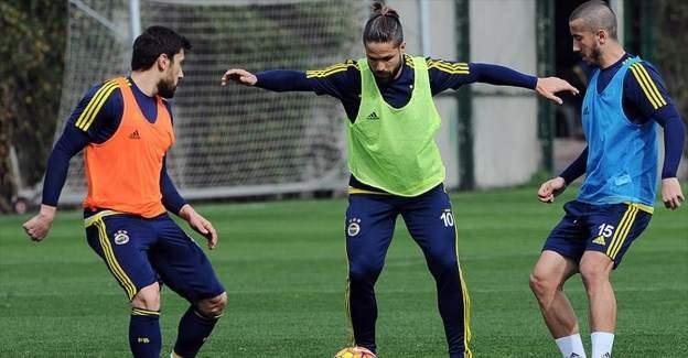Bursaspor Fenerbahçe'yi deplasmanda ağarlayacak