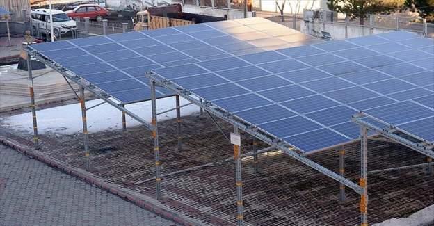 Kaymakamlık, güneş enerjisinden elektrik üretip satıyor