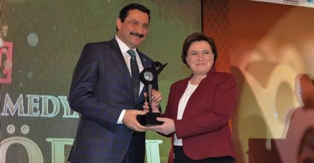 Keçiören Belediye Başkanı Mustafa Ak'a Yerel Vizyon Proje Ödülü