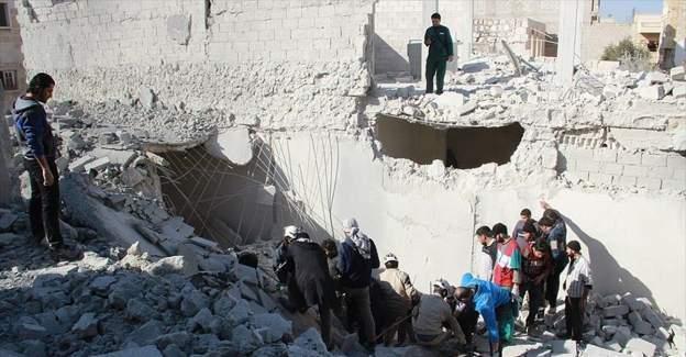 Rus uçaklarının Suriye'deki saldırısında 4 kişi öldü