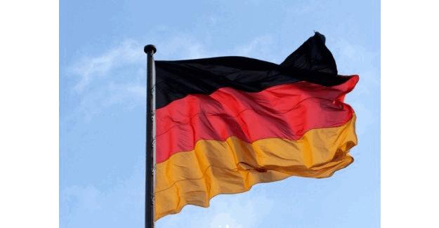 Almanya vatandaşlarını uyardı!