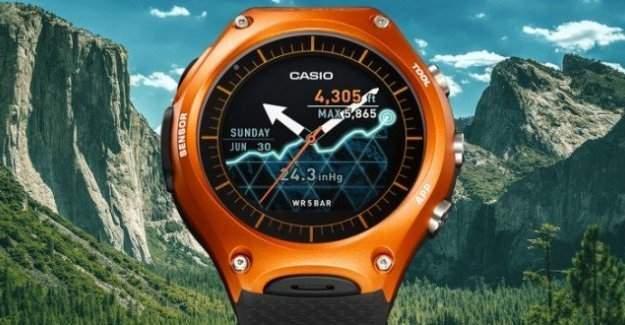 Casio'nun Yeni Akıllı Saati Satışa Çıktı