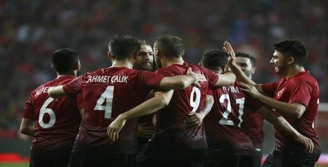 Cenk attı Milli takım rahatladı, Türkiye 2 - 1 İsveç