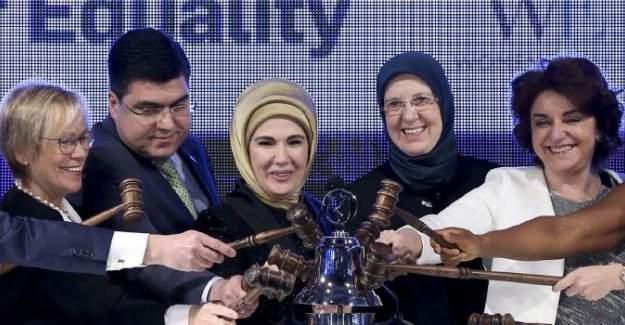 Emine Erdoğan: Kadınlarımıza her alanda geniş bir alan açmalıyız