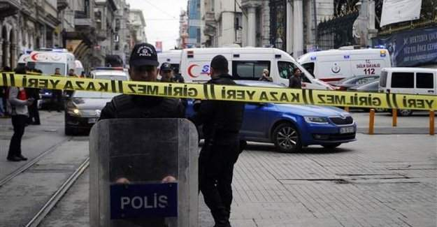 İstanbul'daki patlamaya ünlülerden tepki