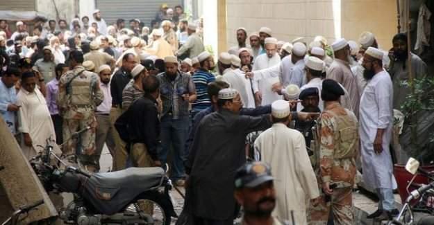 Pakistan'daki bombalı saldırıda 55 kişi hayatını kaybetti