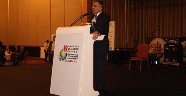 Abdullah Gül'den Önemli Açıklama: Rusya ile Sorunların Çözülmesi Gerek