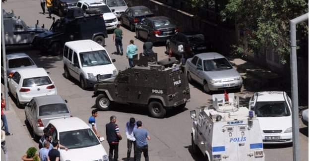 Diyarbakır'daki askeri binada patlama!