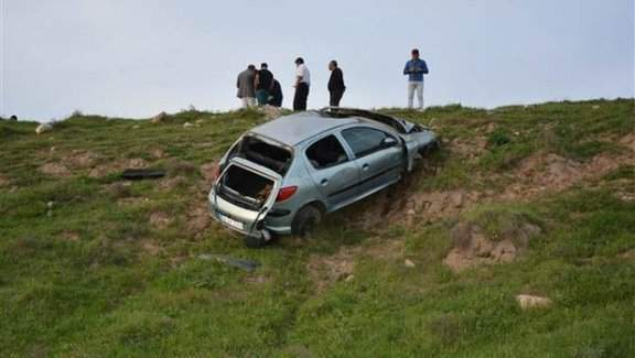 Genç kadın doktor trafik kazasında yaşamını yitirdi