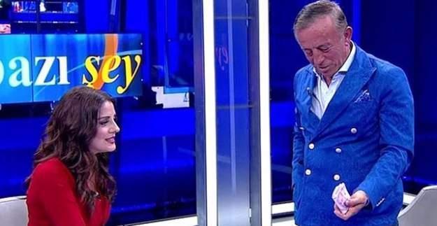 Ali Ağaoğlu'nun paralarını sayan Ekin Olcayto kovuldu