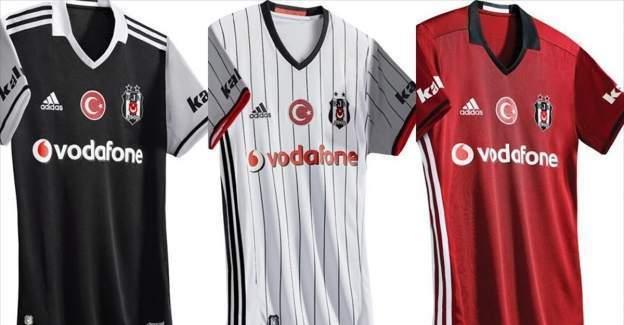 Beşiktaş'ın yeni sezon formaları beğeniye sunuldu