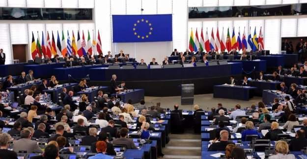 Dokunulmazlığın kaldırılmasına Avrupa'dan tepki