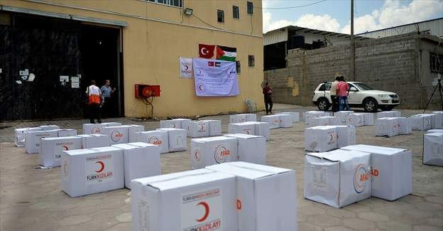 Gazze'ye 11 bin tonluk gıda yardımı yola çıkıyor