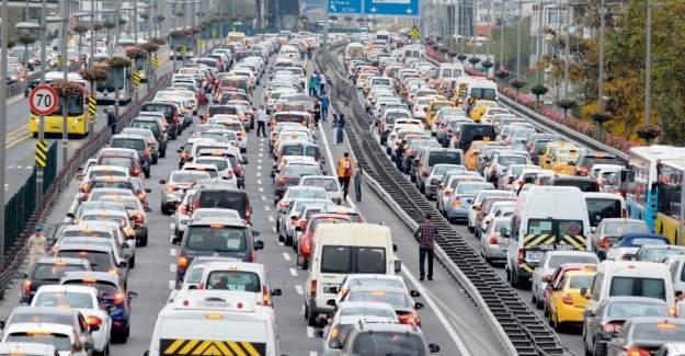 İstanbul trafiğinde silah gösterdiği kişi savcı çıktı!