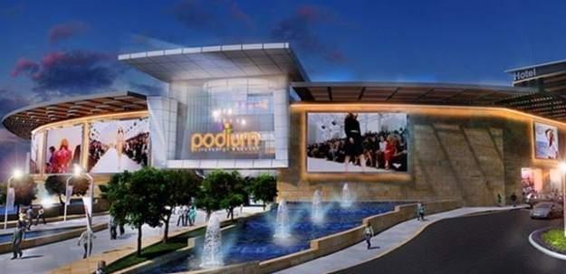 Podium AVM'nin çatısı çöktü! Yenimahalle'deki Podium Avm çökme anı