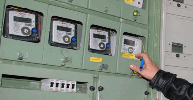 Elektrik parası ödemeyi reddeden belde halkı elektriğin kesilmesini istiyor