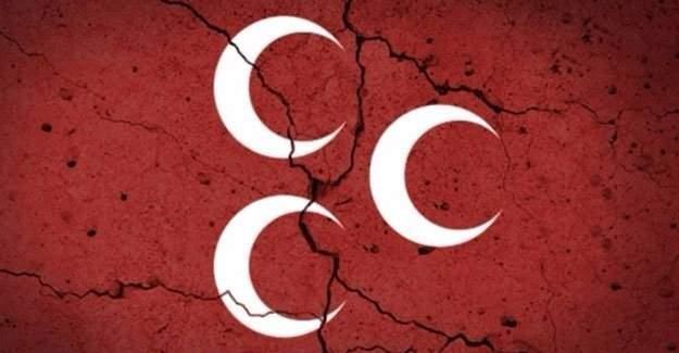 MHP'de şok karar! Topluca görevden alındılar