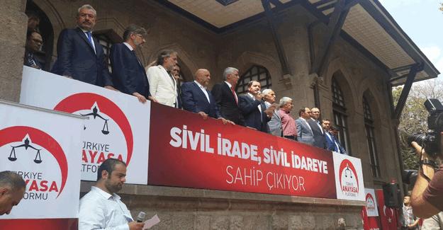 Sivil irade, sivil idareye sahip çıkıyor bildirisi Ali Yalçın tarafından okundu